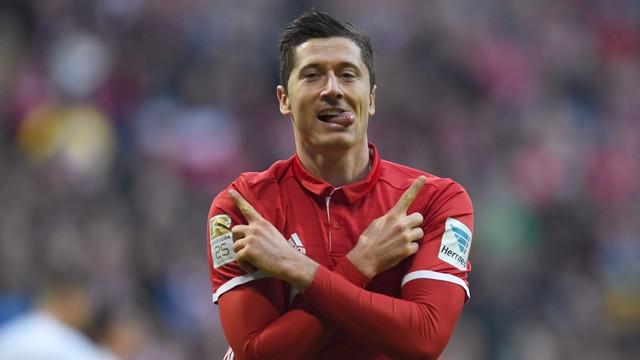 Liga niemiecka - Lewandowski wybrany przez kolegów najlepszym piłkarzem