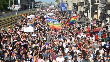 """""""Sprawmy, by Warszawa była dumna"""". Parada Równości przeszła ulicami Warszawy"""