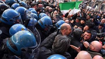 Starcia protestujących taksówkarzy z policją w Rzymie