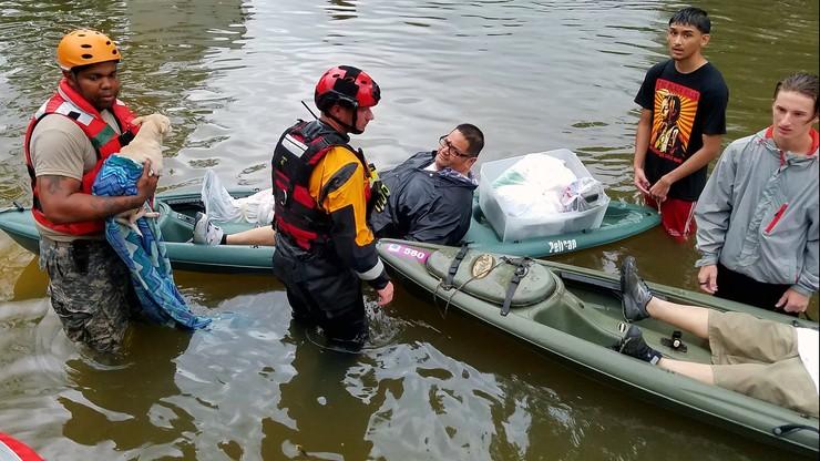 Walka z powodzią w Teksasie. Do 14 wzrosła liczba ofiar