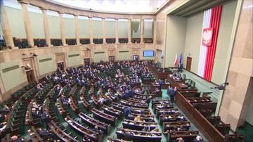 08-06-2016 09:52 Sejm w czwartek zajmie się projektami ws. TK autorstwa PiS, PSL i KOD