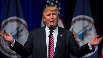 03-08-2016 05:24 Trump znów krytykowany. Tym razem wyrzucił z wiecu... małe dziecko