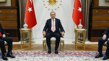30-07-2016 06:37 Erdogan: zagraniczni krytycy powinni zająć się swoimi sprawami