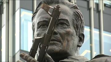 W Moskwie odsłonięto pomnik Kałasznikowa, konstruktora AK-47