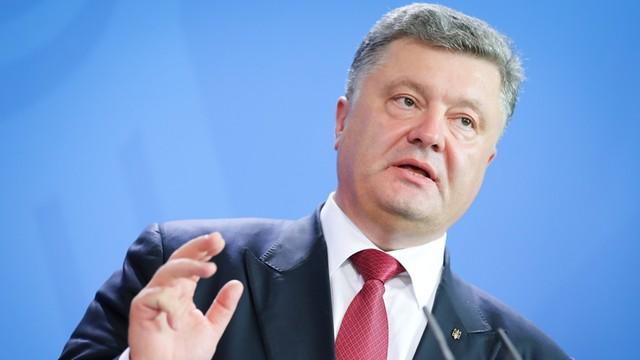 Poroszenko: odzyskaliśmy Sawczenko, odzyskamy Donbas i Krym
