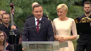 """03-09-2016 12:11 Prezydent zainaugurował Narodowe Czytanie. Przeczytał fragmenty """"Quo vadis"""""""