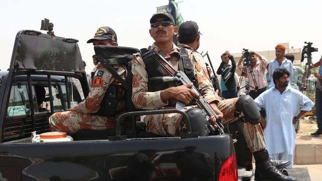 Pakistan: 43 osoby zginęły w ataku terrorystycznym na autobus