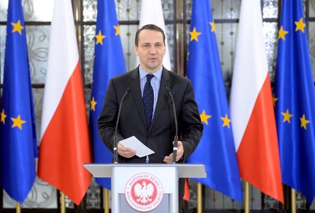 PiS złożyło doniesienie do prokuratury ws. marszałka Sikorskiego