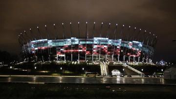 2015-11-14 Stadion Narodowy oraz Pałac Kultury i Nauki wspierają Paryż