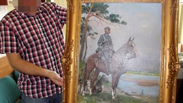"""24-11-2016 09:10 Odzyskano obraz Kossaka """"Piłsudski na Kasztance"""". Został skradziony w 1997 roku"""