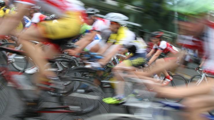 Wielka kraksa na trasie wyścigu w Luksemburgu. 35 kolarzy poszkodowanych