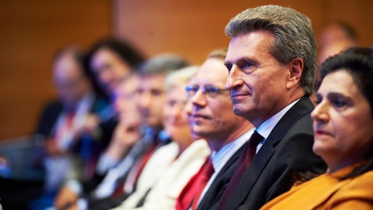 Dziesięć organizacji przeciw nominacji dla niemieckiego komisarza