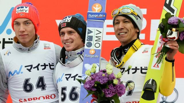 PŚ w skokach - Kot 13. wygrana Fannemela w Sapporo