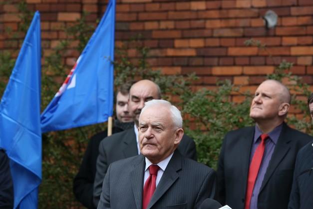 Miller: Polska musi być przyjazna dla Rosji
