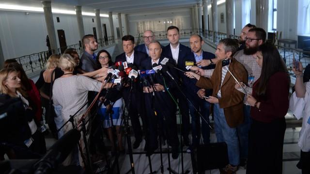Opozycja powołuje zespół, który będzie pracować nad reformą sądownictwa