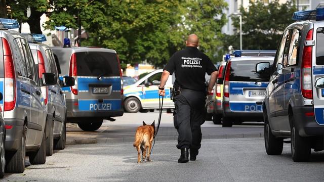 Niemcy: zatrzymany 16-letni Syryjczyk planował zamach