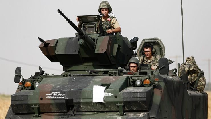 Tureckie wojsko w Syrii. AFP: wysłano kolejne czołgi