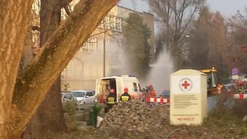 Wyciek gazu obok szkoły. Koparka uszkodziła gazociąg