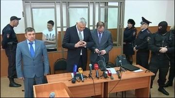 04-05-2016 21:28 Nowy warunek przekazania Sawczenko Ukrainie