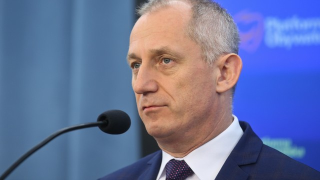 Neumann: Rząd Beaty Szydło to grupa rekonstrukcyjna, która udaje rząd
