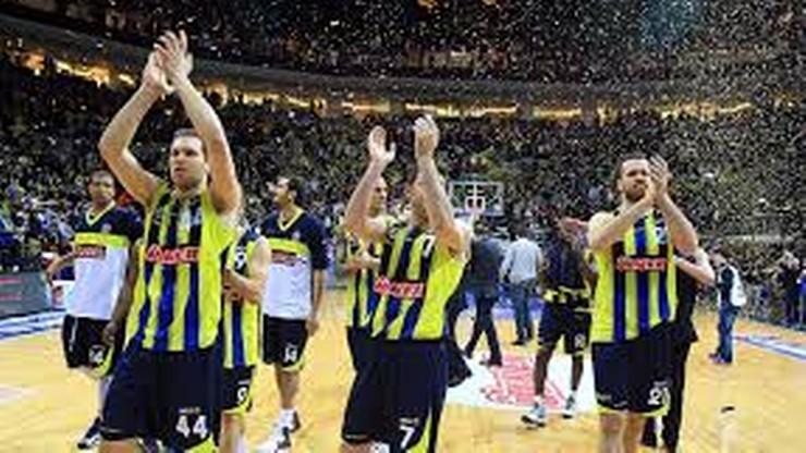 Kary dla klubów po śmierci kibica w Stambule
