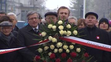 11-11-2016 11:21 Komorowski: razem musimy starać się zabliźniać rany przeszłości. Schetyna: Polska skłócona zawsze przegrywa