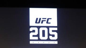 2016-11-18 Niepokonany gwiazdor grozi odejściem z UFC