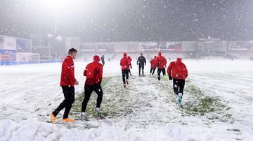 2015-11-28 Zima zaskoczyła piłkarzy. Mecz Termaliki z Jagiellonią przełożony
