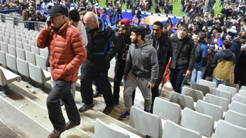 2015-11-14 Francuscy kibice śpiewali Marsyliankę, gdy opuszczali Stade de France (WIDEO)