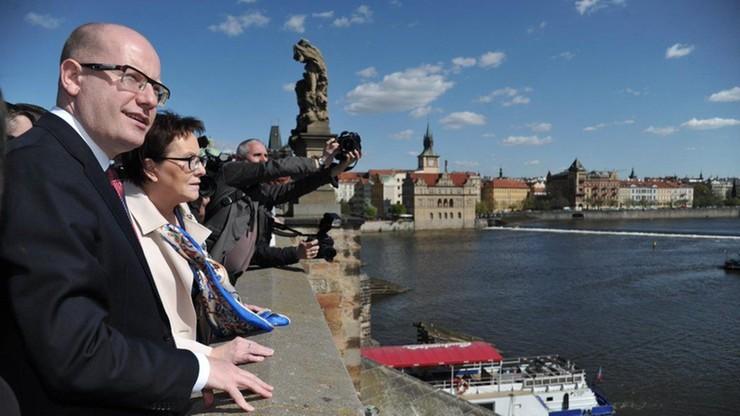 Premier Czech potwierdza na Twitterze, że będzie reprezentował Polskę na szczycie UE na Malcie