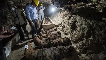 13-05-2017 22:49 Egipt: 17 mumii odkryto w grobowcu liczącym co najmniej 1700 lat