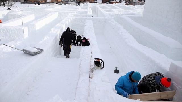Największy na świecie śnieżny labirynt powstał w Zakopanem, może trafić do księgi Guinnessa