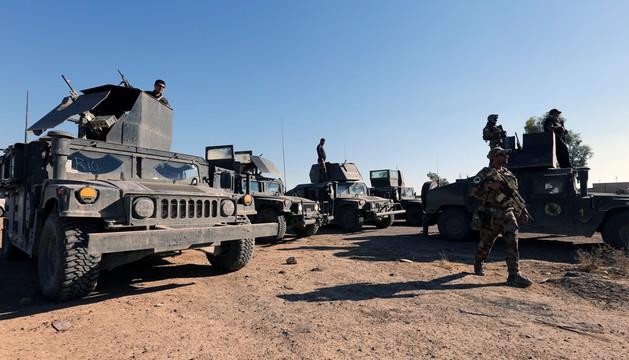 Kurdyjscy bojownicy zbliżają się do miasta pod Mosulem