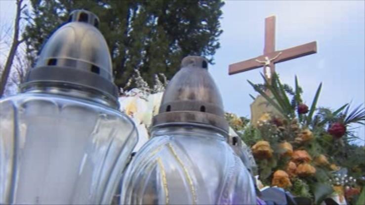 Ekshumacja kolejnej ofiary katastrofy smoleńskiej. Z grobu oficera BOR