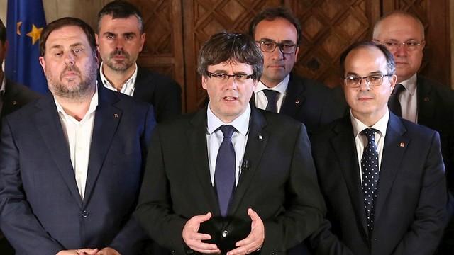 Rząd Katalonii ogłasza wyniki referendum. 90 procent uczestników za niepodległością