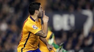 2015-12-06 Suarez znów w akcji. Obrońca Valencii ma blizny na pamiątkę