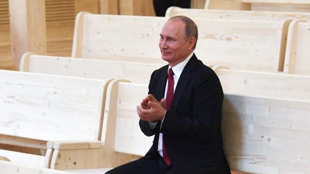 Prasa: połowa Rosjan uważa Ukrainę za wroga