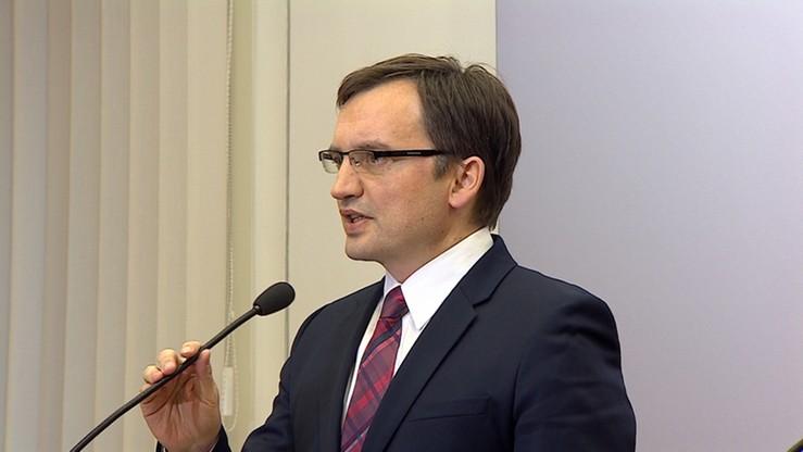 """Ziobro chce ekstradycji Polańskiego. """"Jest oskarżony o okrutne przestępstwo wobec dziecka"""""""