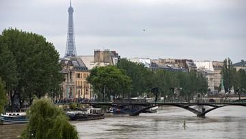 04-06-2016 13:15 Woda w Sekwanie w Paryżu nieznacznie opadła