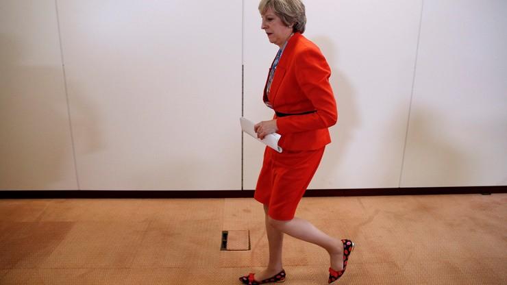 """May dementuje: Wielka Brytania nie zmierza do """"twardego Brexitu"""""""
