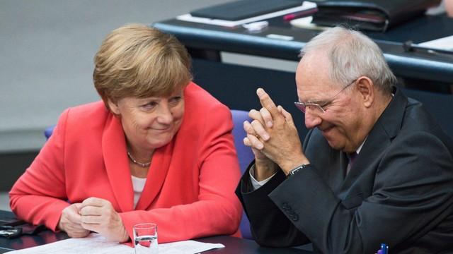 Niemcy: Bundestag zgodził się na pomoc dla Grecji