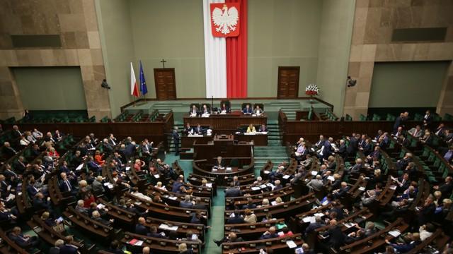 Sejm: wszystkie kluby za ustawą o wsparciu dla kredytobiorców