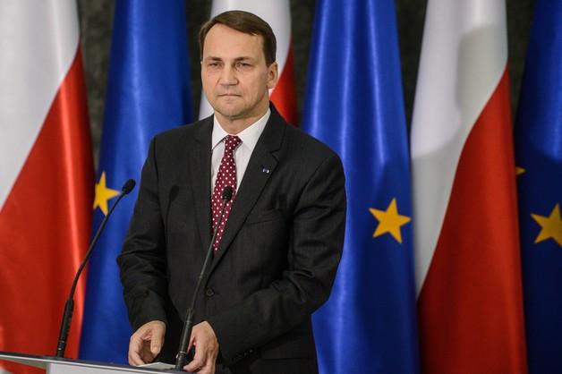 Sikorski: nie byłem świadkiem rozmowy Putin-Tusk