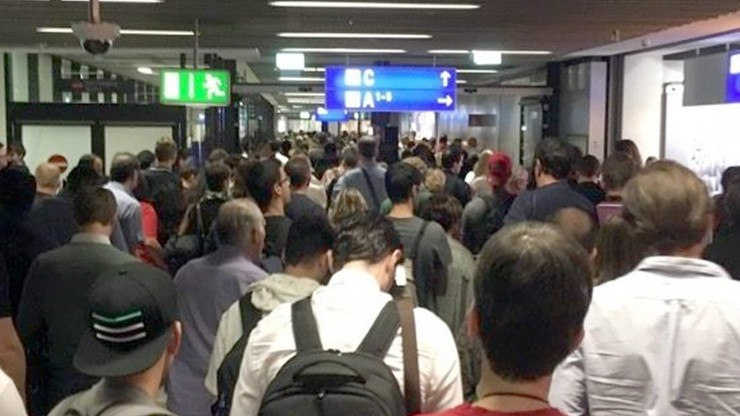 Ewakuacja na lotnisku we Frankfurcie. Będą opóźnienia