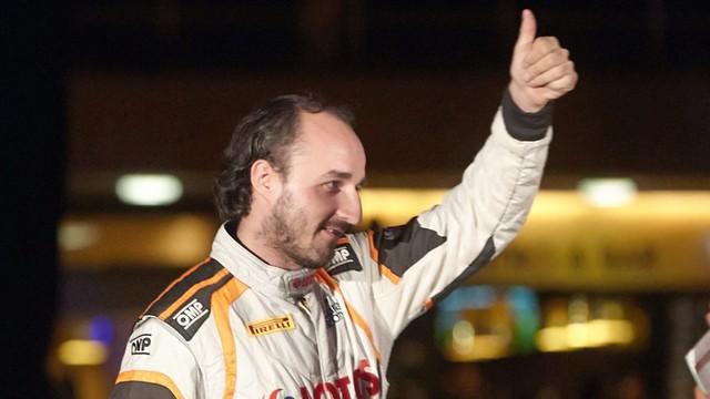 Formuła 1 - Kubica przetestuje najnowszy bolid Renault na Węgrzech