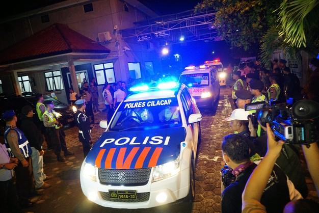 Reakcja na wyroki śmierci w Indonezji - odwołują ambasadorów