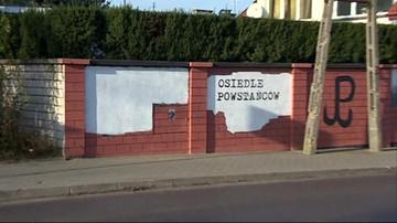 Przez pomyłkę upamiętniono oprawców z SS, zamiast powstańców. Skandaliczny mural w Łomiankach