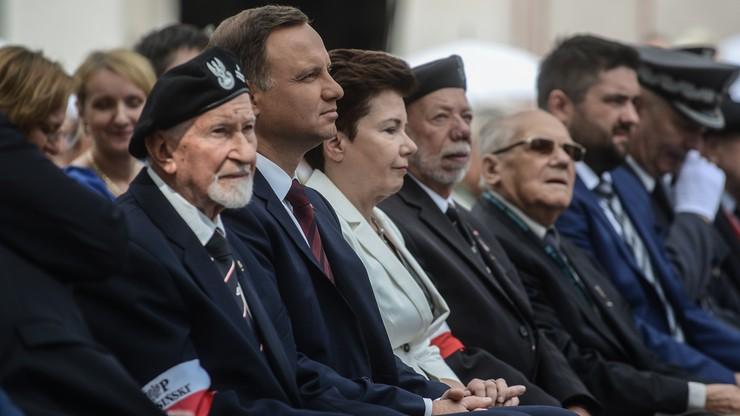 Prezydent Duda: powstańcy są naszym największym skarbem. Żukowski: może dojść do tego, że bohaterowie będą umierać pod płotem