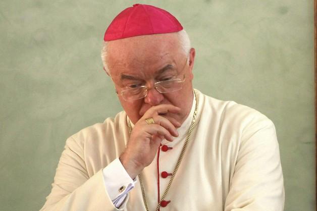 Arcybiskup Wesołowski w areszcie domowym