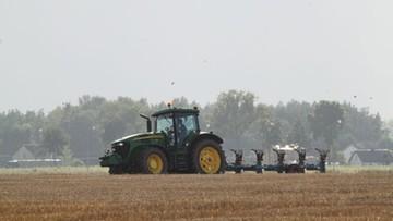 04-09-2017 15:14 Rolnicy mogą zacząć składać wnioski do ARiMR o pomoc klęskową. Maksymalnie można otrzymać 300 tys. zł